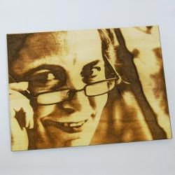 Grabado fotográfico en madera